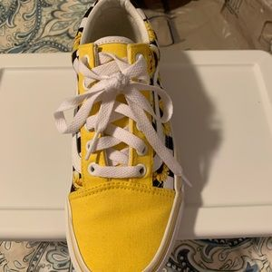 Yellow daisy vans